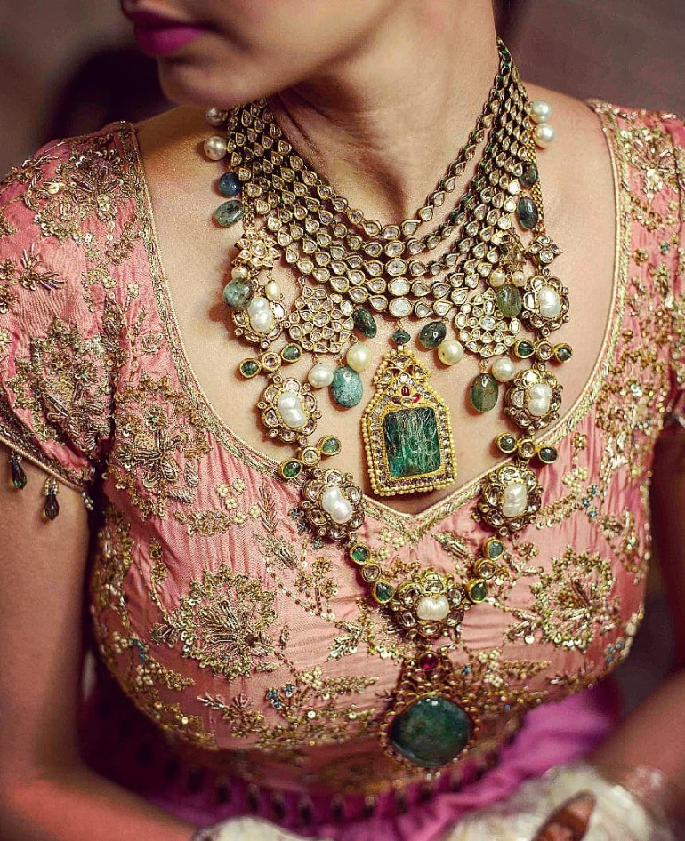 Rani-Haar-with-green-gemstones-Types-of-necklace-Bridal-Jewellery-Lilac-Weddings