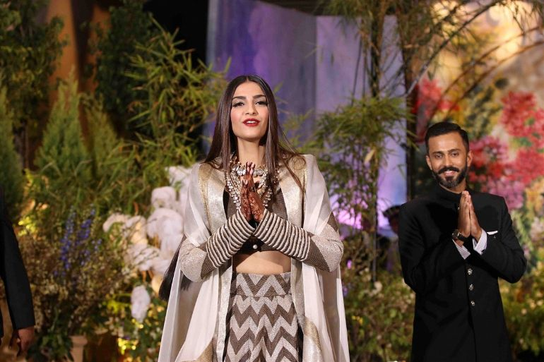 sonam-kapoor-and-anand-ahuja-wedding-reception-photos-804cf21