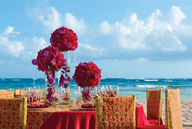 AMR_Hindu_WeddingReception_TableSetup_1