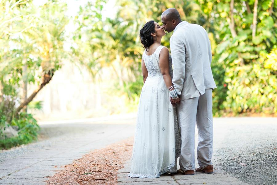 Costa Rica Indian Wedding by A Brit & A Blonde Photography