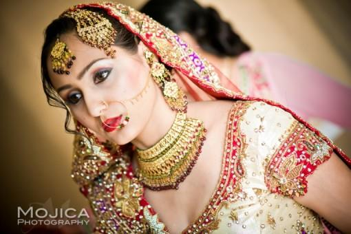 RB2-Indian-bride-with-heavy-wedding-jewelry-e1383100566604