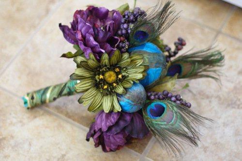 Peacock Trend: Indian Wedding Bouquet Inspiration