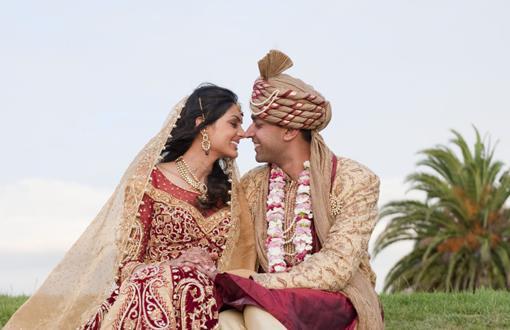Real Wedding: Vikram Kumar and Pooja Chitgopeker (3)