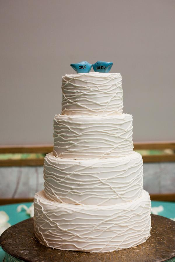 15l indian wedding 4 layer textured cake with love bird toppers