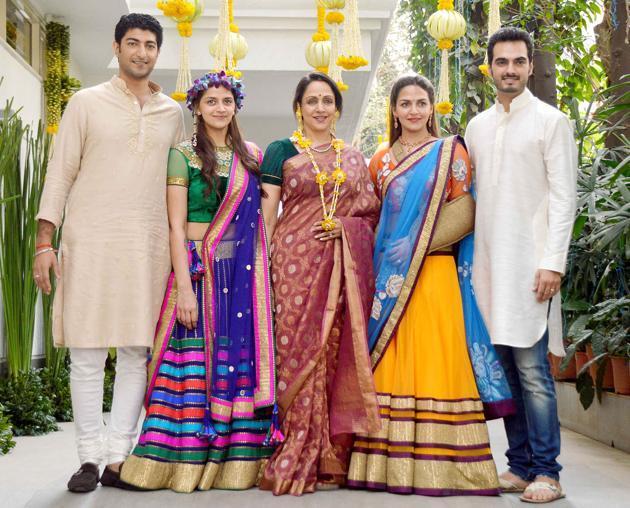 Mehendi-celebrations-for-Ahana-Deol-1