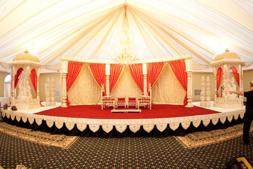 Red and White Hindu Wedding by RHM Photography (1)