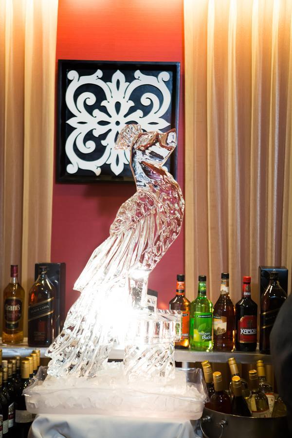 19a-indian-wedding-ice-sculpture