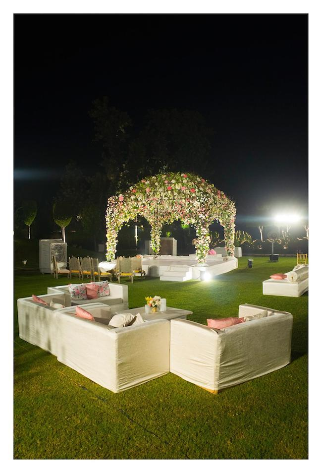6 Dia Mirza Ceremony decor