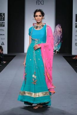 Pinnacle by Shruti Sancheti at Wills Lifestyle India Fashion Week 2014