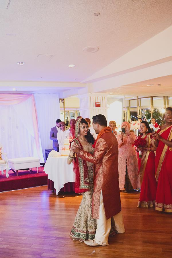 33a indian wedding bride and groom