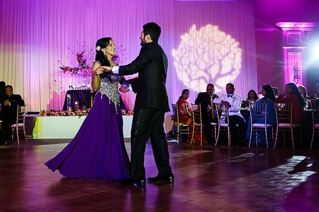 indian-wedding-bride-and-groom-first-dance-purple-lengha